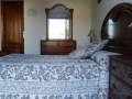 Dormitorio 1, habitación con cama de matrimonio en la primera planta